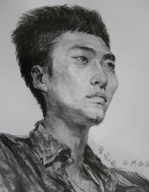 央美清华双状元黄思思素描头像优秀作品3
